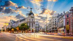 15 Things you can only do in Madrid- Desde comer en el restaurante más antiguo del mundo hasta ver una película en el autocine más grande de Europa