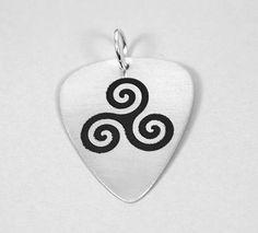Púa trisquel celta, joyas personalizadas,  joyas musicales