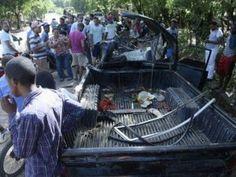 Cuatro muertos y varios heridos al chocar de frente patana y camioneta en carretera Fantino
