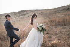 Wedding Poses, Wedding Photoshoot, Wedding Dresses, Got Married, Rustic Wedding, Photo Ideas, Korea, Wedding Inspiration, Wedding Photography