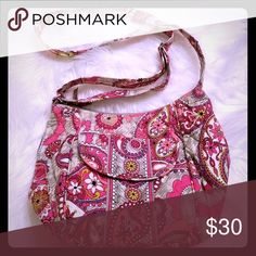 Vera Bradley Crossbody With its pinks, purples, and tans this lightweight cutie bag is perfect for Spring and Summer! Vera Bradley Bags Crossbody Bags