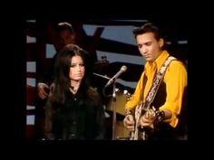 "Waylon Jennings & Jessi Colter  -  ""I Ain't The One"" -- Hee Haw 1972"