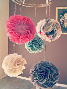 Custom Designed Nursery Mobile, Choose your Colors, Pom pom mobile, pomador, Baby Crib Mobile