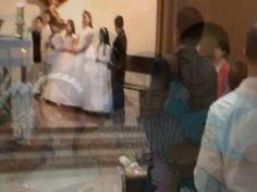 Video Comunión de Gipsy Abigail de Jesús (Videos)   Video del Festejo de la Comunión de Gipsy Abigail de Jesús, junto a familiares y amigos.