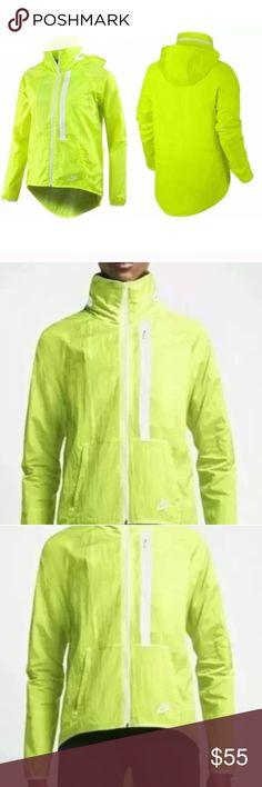 Nike Tech Aeroshield Moto cape women's jacket Sz M Nike cape Moto jacket size medium Nike Jackets & Coats