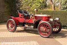 Steam-powered car, c. 1901