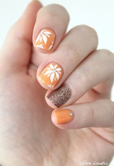 floral nail art #nails #cocosnailss #spring #skittlette