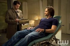 """Supernatural -- """"First Born"""" -- Image SN911a_0018 -- Pictured (L-R): Misha Collins as Castiel and Jared Padalecki as Sam -- Credit: Diyah Pera/The CW -- © 2014 The CW Network, LLC. All Rights Reserved"""