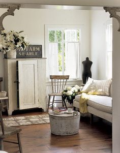 Living Room Whitewashed Cottage Chippy Shabby Chic French Country