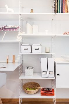 Minimalist office storage | Delikatissen