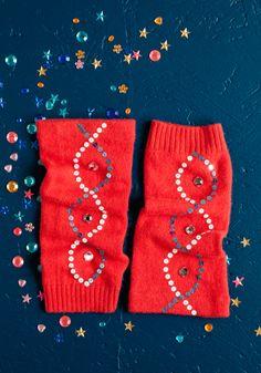 Tuunatut rannekkeet SK 1/13 Gloves, Winter, Fashion, Winter Time, Moda, Fashion Styles, Mittens, Fashion Illustrations, Fashion Models