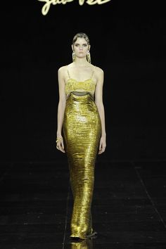 Défilé Guo Pei Haute Couture automne-hiver 2016-2017 COUTURE