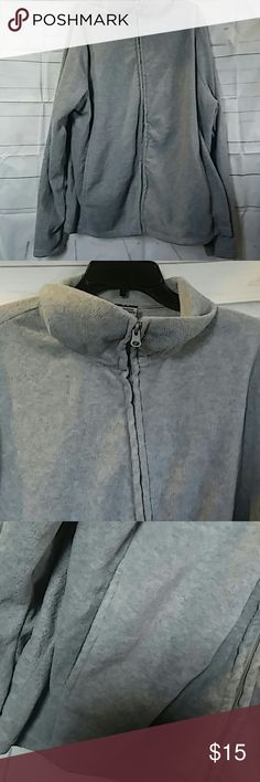 Jonathan Martin Fleece Zip Sweater Jacket 3x This listing is for a heather gray size 3x Jonathan Martin Fleece Zip Sweater Jacket with two pockets on the front sides. Shoulder to hem approx. 29 inches and armpit to armpit is approx. 25 inches. jonathan martin Sweaters