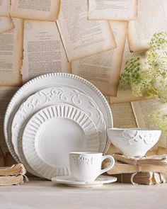 Shop designer dinnerware at Horchow. Serve the perfect meal with these matching sets of plates, cups, and bowls for any time of day. White Dinner Plates, White Dishes, White Dinnerware, Dinnerware Sets, Vintage Dinnerware, Vase Deco, Dining Ware, Christmas Table Settings, Dish Sets