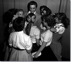 Elvis Presley : Long Beach Municipal Auditorium : June 7, 1956