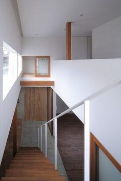 Architects: Fujiwarramuro Architects, Osaka, Japan; Architects In Charge: Shintaro Fujiwara, Yoshio Muro; Photographs: Shintaro Fujiwara, Eiji Tomita