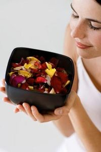 How to Make Country Potpourri With Apples & Oranges