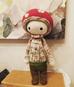 PAUL the toadstool made by Maria Luiza / crochet pattern by lalylala