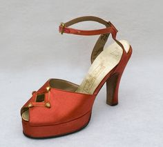 Satin platform evening shoes, 1940s, from the Vintage Textile archives.
