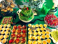My House of Giggles  Jungle Party Food Individual Portions of Snacks