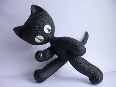 Spielzeugfiguren - DDR Katze - Kater Mikesch - ein Designerstück von MaDuett bei…