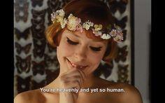 Vera chytilova VERA CHYTILOVA. Falleció este año 2014 tras una larga enfermedad. Revolucionó el mundo del cine clásico antes que Nouvelle Vague y el resto de directores más conocidos que hacían y hacen cine de autor.