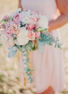 12 Stunning Wedding Bouquets - 27th Edition ~ Photographer: Ruth Eileen, Floral Design: Tamara Menges Designs | bellethemagazine.com