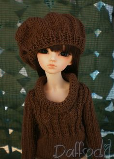 Handmade outfit pullover for MSD and SD by daffodilscreations