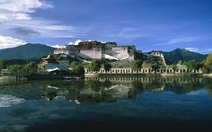 15: Potala Palace, Tibet  Picture: ALAMY