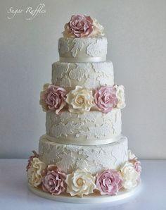 Lace Wedding Cake #weddinganniversarygifts #laceweddingcakes
