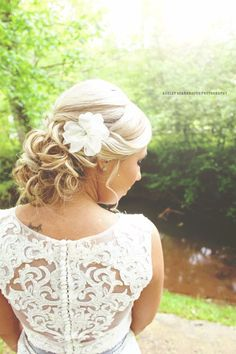 #ashleyscarbroughphotography #photography #knoxville #tennessee #wedding #summer #bride #flower #inked