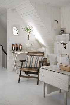 lots of charm & detail ! wood , brick , nooks , stairs .