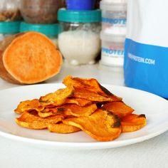 Fitness batátové chipsy - recept Bajola Snack Recipes, Snacks, Sweet Potato, Carrots, Chips, Potatoes, Baking, Vegetables, Fitness