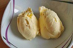 Bewertungen: Mango yoghurt ice cream, a delicious recipe from the fruit category. Basil Ice Cream, Yogurt Ice Cream, Mango Yoghurt, Homemade Chocolate Ice Cream, Mango Sorbet, Dairy Free Ice Cream, Homemade Baby Foods, Ice Cream Recipes, Gelato