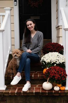 Maltipoo Autumn Winter Fashion, Winter Style, Sweaters And Jeans, Jeans And Sneakers, Shades Of Grey, My Outfit, Hemline, Normcore, Maltipoo