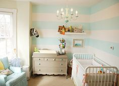 neutral nursery stripes chevron | dec-room-kids-nurserymural2-435