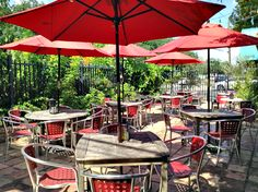 Enjoy The Urban Oasis At Giacomou0027s Cibo E Vino. Best Patios In Houston.