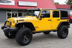 Custom 2015 Jeep Wrangler Unlimited Rubicon - Baja Yellow - Recon Turn Signals