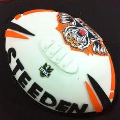 Wests tigers cake Wests Tigers, Tiger Cake, Cupcake Cakes, Cupcakes, 18th Birthday Cake, Cake Ideas, Cake Decorating, Parties, Fiestas