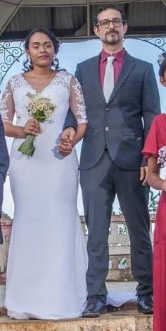 Robe de mariée sirène, manches 3/4 en dentelle, mariage du 21 décembre 2019. Tulle, Marie, Formal Dresses, Rose, Fashion, Sheath Wedding Gown, Sleeves, Lace, Pink