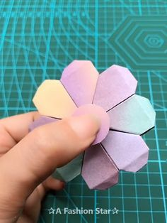 Today we will share 6 easy DIY Projects for you, Believe me, this is will be very interesting diy tutorial doityourself craft crafts homedecor decor 595741856942290878 Diy Origami, Paper Crafts Origami, Diy Paper, Oragami, Diy Crafts Hacks, Diy Home Crafts, Easy Crafts, Decor Crafts, Upcycled Crafts