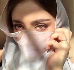 Shared by princess. Find images and videos on We Heart It - the app to get lost in what you love. Girly Images, Cool Girl Pictures, Girl Photos, Beautiful Muslim Women, Beautiful Hijab, Beautiful Eyes, Aesthetic Eyes, Bad Girl Aesthetic, Cute Girl Pic