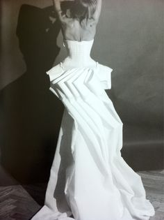 66lanvin:    GALLIANO was HERE rise PHOENIX…………No.7. Origami for clothes?