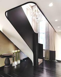 Лестница в квартире в Лондоне от Келли Хоппен