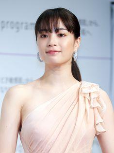 Asia Girl, Photos Of Women, Beautiful Asian Girls, Asian Woman, Asian Beauty, Cute Girls, Sexy Women, Actresses, Female