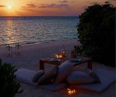 "romantic-n-naughtysoul: ""Meet me here "" Beach Date, Beach Town, Sunset Beach, Beach Club, Romantic Beach, Romantic Places, Romantic Picnics, Romantic Getaway, Hopeless Romantic"