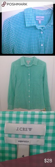 Green & White J. Crew Perfect Shirt This is such a cute J.Crew perfect shirt. It is gingham style. The colors are green and white. 99% cotton and 1% spandex. It is in EUC with no signs of wear. Size 4. J. Crew Tops Button Down Shirts