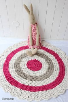 Virkattu matto / Knitted mat
