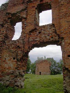 800px-Greiffenburg_ruin.jpg (JPEG-Grafik, 800×1067 Pixel) - Skaliert (86%)