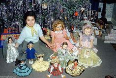 Vintage Holiday: Young Girl with all her doll in front of Christmas 1948 Vintage Christmas Photos, Retro Christmas, Vintage Holiday, Christmas Pictures, Vintage Photos, Xmas Photos, Vintage Photographs, Old Time Christmas, Ghost Of Christmas Past